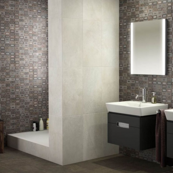 Saloni M. Sound Iris Wall Tile